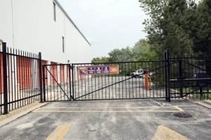 Image of Public Storage - Buffalo Grove - 555 E Aptakisic Road Facility on 555 E Aptakisic Road  in Buffalo Grove, IL - View 4