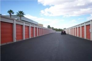 Image of Public Storage - Las Vegas - 2830 E Desert Inn Facility on 2830 E Desert Inn  in Las Vegas, NV - View 2