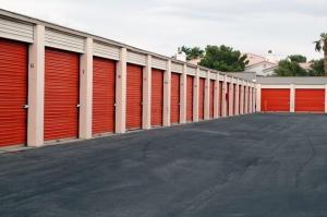 Image of Public Storage - Henderson - 4056 E Sunset Rd Facility on 4056 E Sunset Rd  in Henderson, NV - View 2