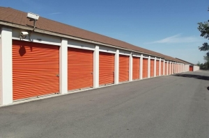 Image of Public Storage - Wheat Ridge - 6161 West 48th Ave Facility on 6161 West 48th Ave  in Wheat Ridge, CO - View 2