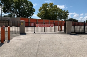 Picture of Public Storage - New Orleans - 4507 Washington Ave