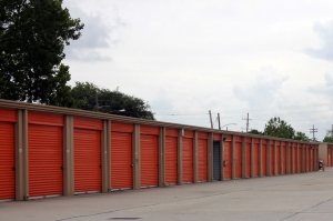 Image of Public Storage - New Orleans - 4507 Washington Ave Facility on 4507 Washington Ave  in New Orleans, LA - View 2