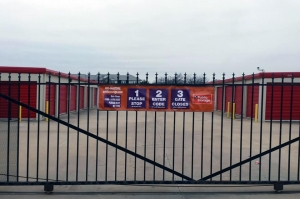 Image of Public Storage - Norman - 3290 Classen Blvd Facility on 3290 Classen Blvd  in Norman, OK - View 4