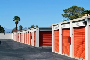 Public Storage - Las Vegas - 3345 S Rainbow Blvd - Photo 2