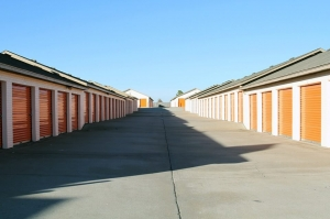 Image of Public Storage - Moore - 905 SE 19th St Facility on 905 SE 19th St  in Moore, OK - View 2