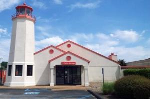 Image of Public Storage - Memphis - 4500 Winchester Road Facility at 4500 Winchester Road  Memphis, TN
