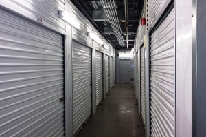 Public Storage - Portland - 10315 SW Barbur Blvd - Photo 2