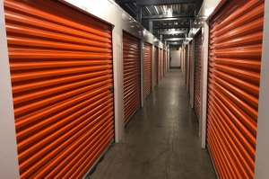 Image of Public Storage - Portland - 10315 SW Barbur Blvd Facility on 10315 SW Barbur Blvd  in Portland, OR - View 2
