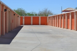 Image of Public Storage - Phoenix - 18401 N 35th Ave Facility on 18401 N 35th Ave  in Phoenix, AZ - View 2