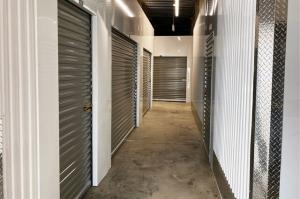 Image of Public Storage - Chicago - 5160 N Northwest Hwy Facility on 5160 N Northwest Hwy  in Chicago, IL - View 2