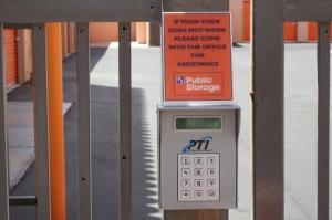 Public Storage - Henderson - 2225 Green Valley Parkway - Photo 5