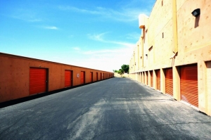 Image of Public Storage - Henderson - 2225 Green Valley Parkway Facility on 2225 Green Valley Parkway  in Henderson, NV - View 2