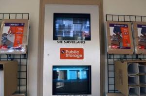 Image of Public Storage - Portland - 8437 SW Barbur Blvd Facility on 8437 SW Barbur Blvd  in Portland, OR - View 4