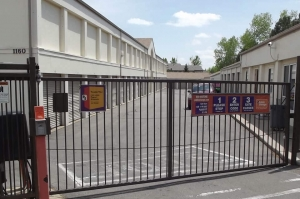 Image of Public Storage - Aurora - 1150 S Idalia Street Facility on 1150 S Idalia Street  in Aurora, CO - View 4