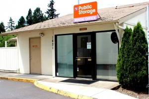 Public Storage - Portland - 1621 NE 71st Ave - Photo 1
