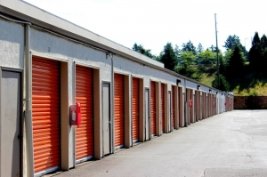 Image of Public Storage - Portland - 1608 NE 92nd Ave Facility on 1608 NE 92nd Ave  in Portland, OR - View 2