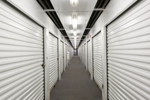 Image of Public Storage - Pearl City - 1200 Kuala St Facility on 1200 Kuala St  in Pearl City, HI - View 2