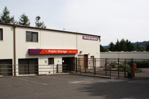 Image of Public Storage - Lake Oswego - 801 N State Street Facility at 801 N State Street  Lake Oswego, OR