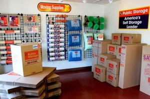 Image of Public Storage - Portland - 1202 SE 82nd Ave Facility on 1202 SE 82nd Ave  in Portland, OR - View 3
