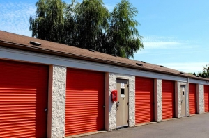 Image of Public Storage - Portland - 1202 SE 82nd Ave Facility on 1202 SE 82nd Ave  in Portland, OR - View 2