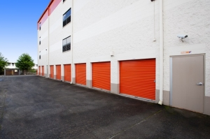 Image of Public Storage - Kaneohe - 45-1021 Kam Hwy Facility on 45-1021 Kam Hwy  in Kaneohe, HI - View 2