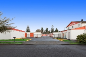 Image of Public Storage - Portland - 2542 SE 105th Ave Facility on 2542 SE 105th Ave  in Portland, OR - View 3