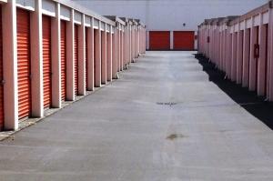 Image of Public Storage - Gresham - 1421 E Powell Blvd Facility on 1421 E Powell Blvd  in Gresham, OR - View 2