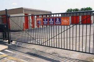 Image of Public Storage - Cincinnati - 4070 Mt Carmel-Tobasco Road Facility on 4070 Mt Carmel-Tobasco Road  in Cincinnati, OH - View 4