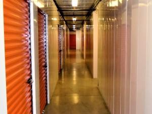 Image of Prime Storage - Louisville E. Main Street Facility on 913 East Main Street  in Louisville, KY - View 3