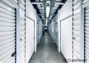 Image of CubeSmart Self Storage - Dickinson Facility on 3817 Gulf Freeway  in Dickinson, TX - View 2