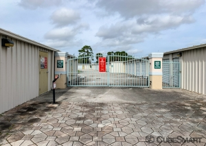 Image of CubeSmart Self Storage - Port St. Lucie - 600 NW Airoso Blvd. Facility on 600 Northwest Airoso Boulevard  in Port Saint Lucie, FL - View 4