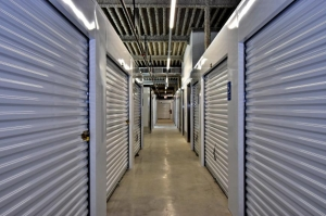 Image of Life Storage - Austin - 4909 South Interstate 35 Frontage Road Facility on 4909 South Interstate 35 Frontage Road  in Austin, TX - View 2