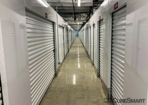 Image of CubeSmart Self Storage - Marietta - 2141 Powers Ferry Rd. Facility on 2141 Powers Ferry Road  in Marietta, GA - View 3