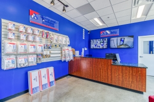 Devon Self Storage - Cincinnati - Photo 4
