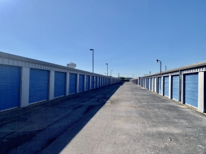 Image of A-Mini Storage Facility on 3202 Preston Road  in Pasadena, TX - View 3