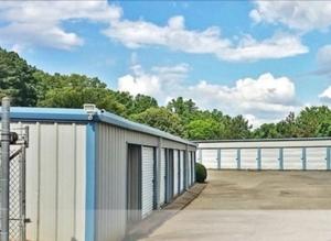 Image of Oak Tree Self Storage Facility at 1619 James Burgess Road  Suwanee, GA