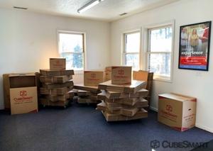 CubeSmart Self Storage - Lansing - Photo 4