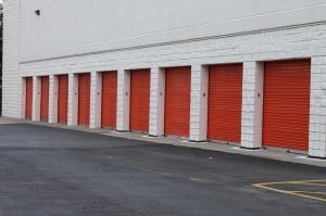 Image of Public Storage - Sandy Springs - 8773 Dunwoody Place Facility on 8773 Dunwoody Place  in Sandy Springs, GA - View 2