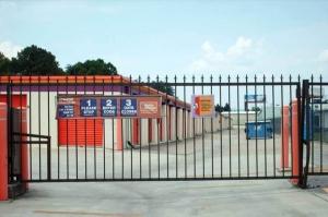 Image of Public Storage - Hixson - 1015 Gadd Road Facility on 1015 Gadd Road  in Hixson, TN - View 4
