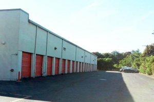 Image of Public Storage - Fairfield - 1296 Kings Highway Cutoff Facility on 1296 Kings Highway Cutoff  in Fairfield, CT - View 2