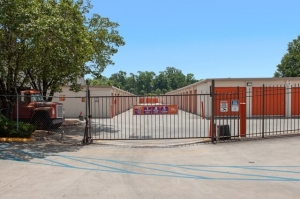 Public Storage - Atlanta - 1067 Memorial Drive - Photo 4