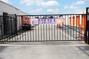 Public Storage - Dayton - 6207 Executive Blvd - Photo 4