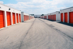 Public Storage - Dayton - 6207 Executive Blvd - Photo 2