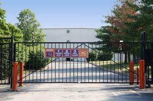 Image of Public Storage - Upper Darby - 6330 Market Street Facility on 6330 Market Street  in Upper Darby, PA - View 4