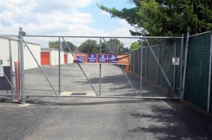 Image of Public Storage - Columbus - 4600 Kenny Road Facility on 4600 Kenny Road  in Columbus, OH - View 4