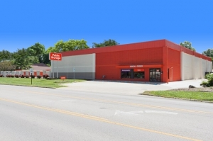 Public Storage - Cincinnati - 3220 Westbourne Drive - Photo 1