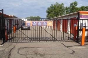 Image of Public Storage - Fraser - 31505 Groesbeck Hwy Facility on 31505 Groesbeck Hwy  in Fraser, MI - View 4