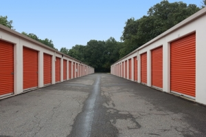 Image of Public Storage - Edison - 289 Old Post Road Facility on 289 Old Post Road  in Edison, NJ - View 2