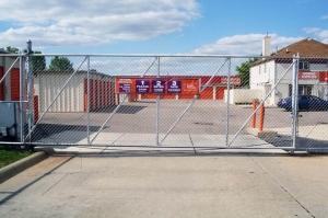 Image of Public Storage - Trenton - 20080 Allen Road Facility on 20080 Allen Road  in Trenton, MI - View 4