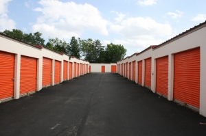 Image of Public Storage - Sterling - 1800 South Sterling Blvd Facility on 1800 South Sterling Blvd  in Sterling, VA - View 2